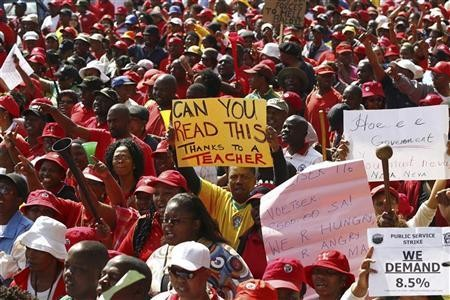 trade unions of south africa economics essay 2008-9-22 riaan pretorius academic essay hsafp 2016  relates to the shortage of trade artisans in south africa  the rise of trade unions and the.