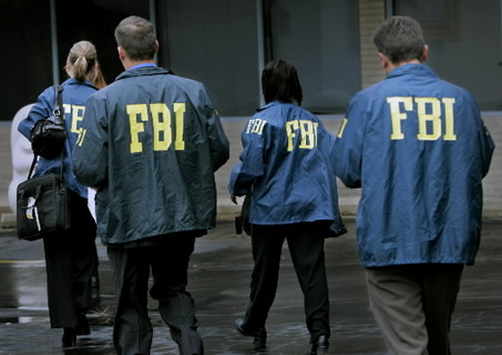 http://revolutionaryfrontlines.files.wordpress.com/2010/10/us-fbi-agents.jpg