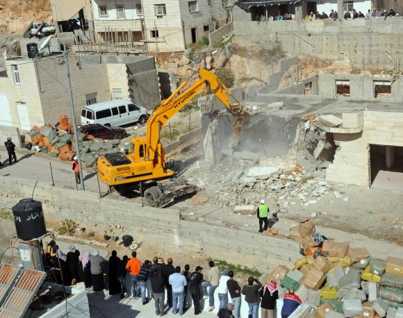 Israel demolishes Palestinian house in East Jerusalem