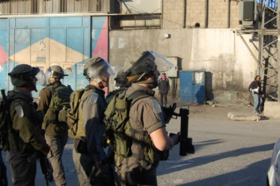 IDF in Shu'fat refugee camp after checkpoing protest. (Photo: Mya Guarnieri)