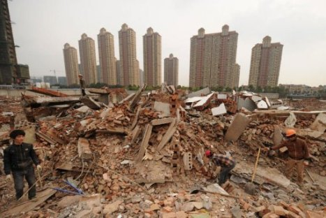 The demolished site where Yao Baohua's house still stands, in the city of Changzhou, on March 13, 2013 (AFP, Peter Parks)